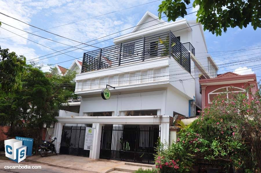 Guest House For Sale In Sala Kamreuk-Siem Reap
