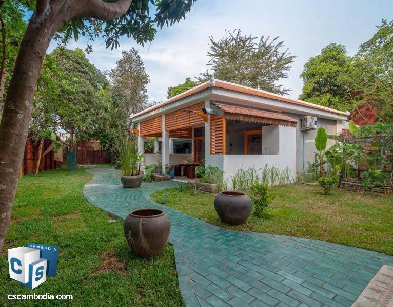 Attractive Villa For Rent In Siem Siem