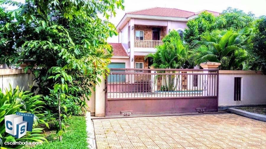 Villa For Sale In Svay Dangkum-Siem Reap