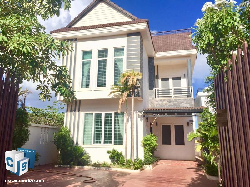 Two Story House For Sale In Svay Dangkum-Siem Reap