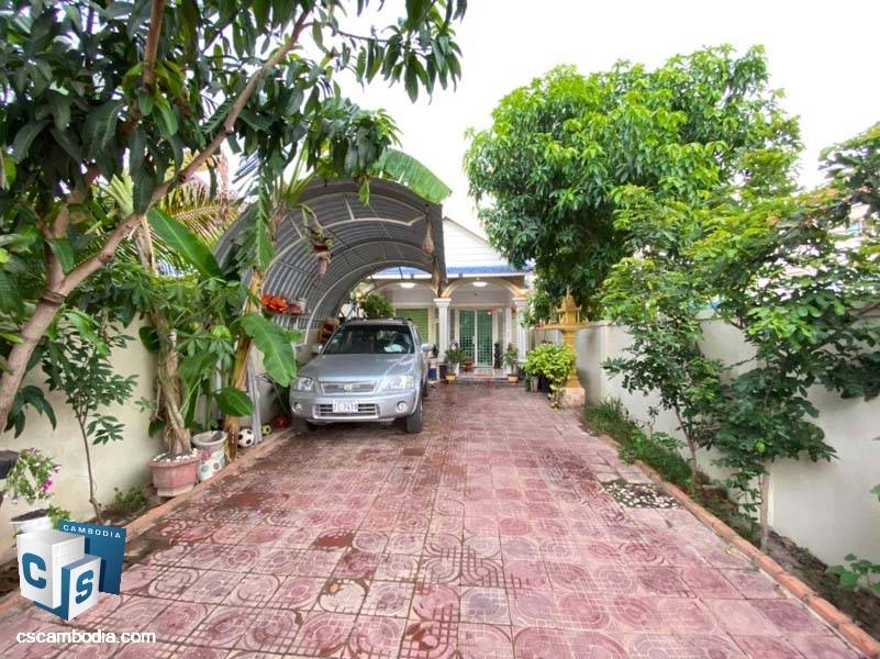 House For Sale In Svay Dangkum-Siem Reap