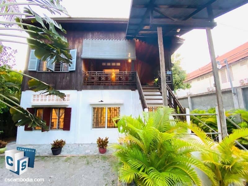Khmer Traditional House For Rent In Sala Kamreuk