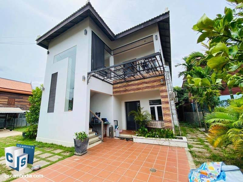 Two Story House For Rent In Sla Kram-Siem Reap