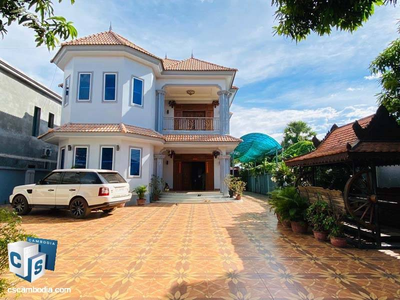 Villa For Rent In Sala Kamreuk-Siem Reap