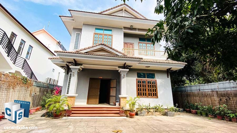 House For Rent In Svay Dangkum-Siem Rea